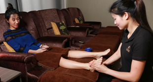 services_foot_02